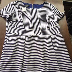 Dresses & Skirts - Really-posting navy blue dress